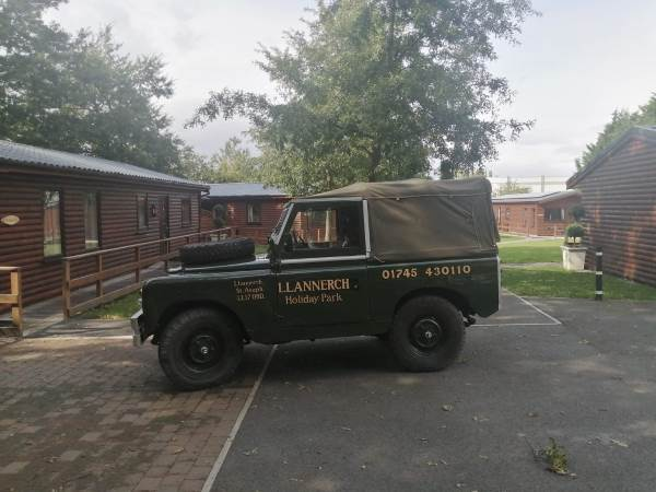 Llannerch Holiday Park Landrover