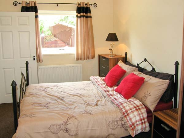The fallows master bedroom