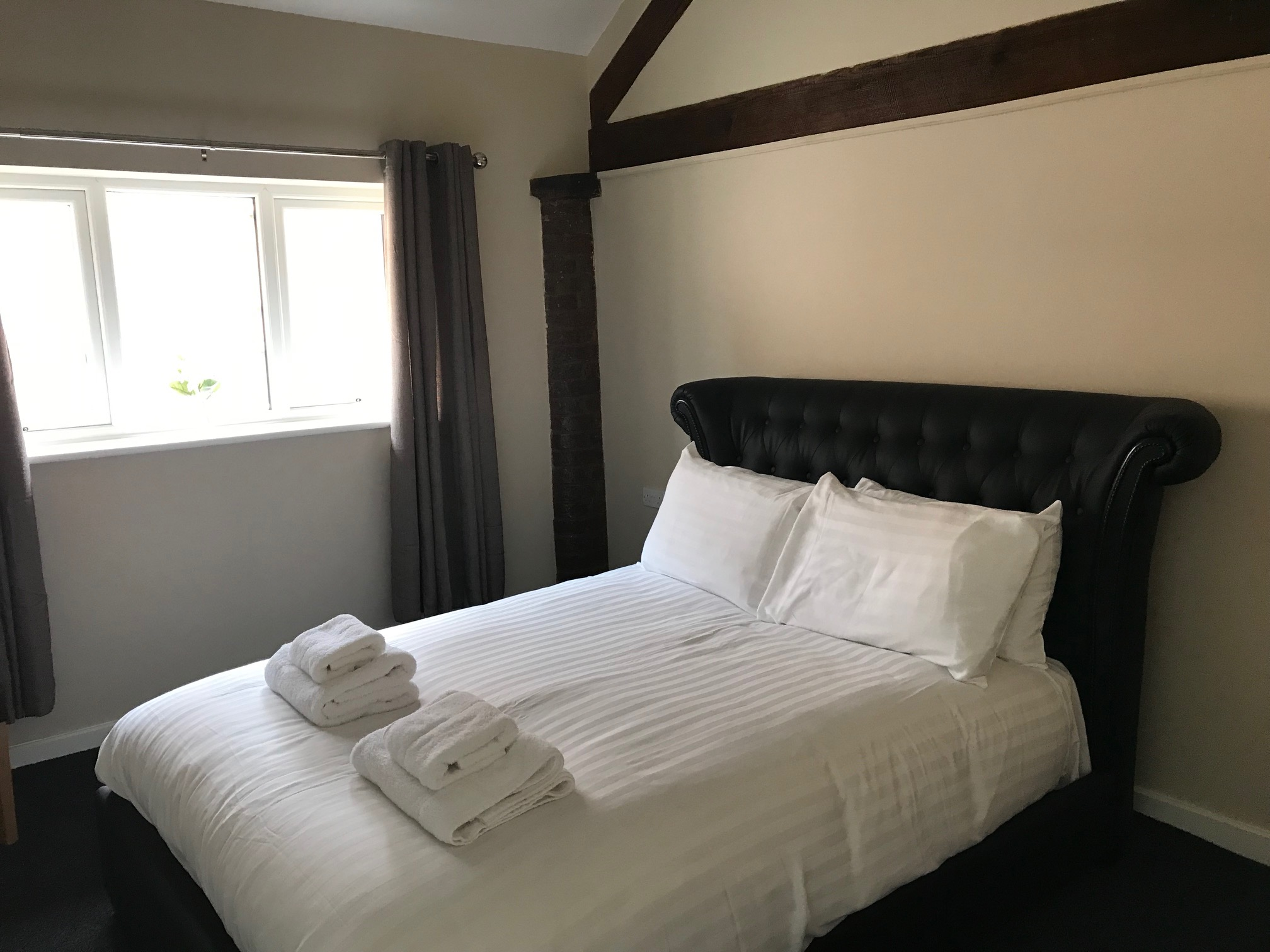 The Gamekeepers Cottage Double Bedroom